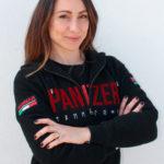 Hangarrpw coach Giulia